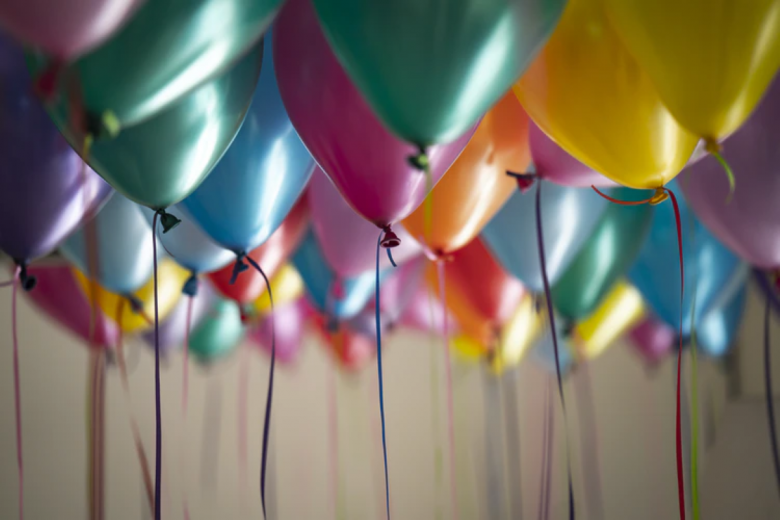 como enfeitar uma festa de aniversário simples