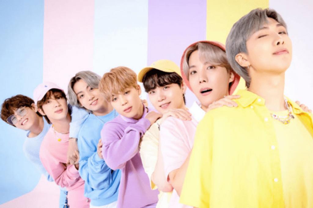 Após sucesso em todo mundo, grupos de K-pop fazem colaborações com o ocidente.