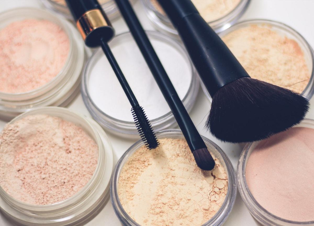 9 maiores tendências de maquiagem de 2021