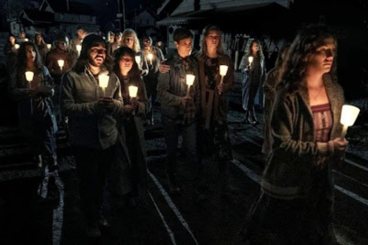 Crítica: 'Midnight Mass', uma minissérie sobre morte, fé e redenção