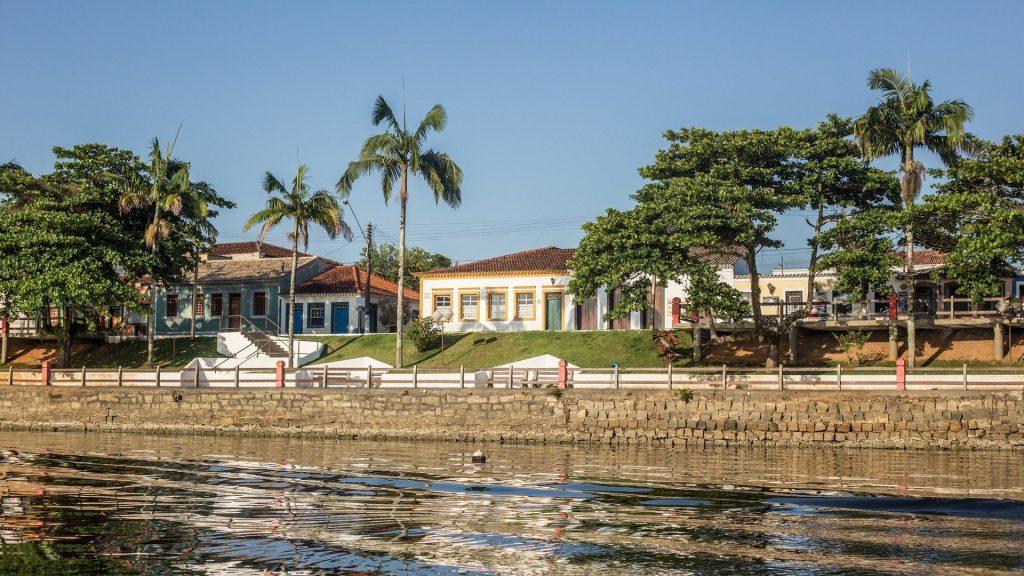 Cananéia é uma das cidades mais antigas do Brasil.