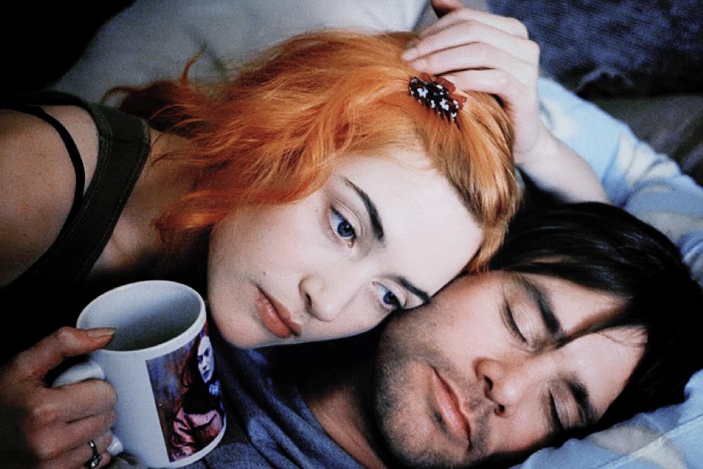Brilho Eterno de uma Mente sem Lembranças é um dos filmes mais memoráveis de Jim Carrey.
