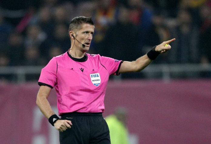 O árbitro Daniele Orsato está entre os árbitros mais famosos do mundo.