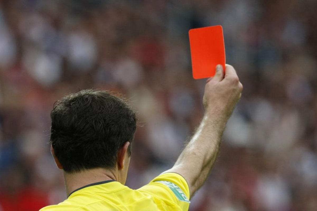 Conheça os 5 árbitros de futebol mais famosos do mundo